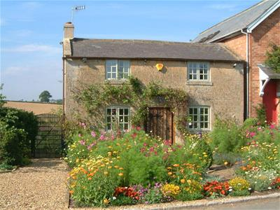 Property image of home to let in , Moreton-in-Marsh
